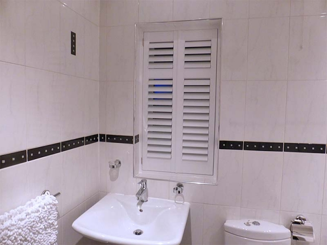 Bathroom Plantation Shutters