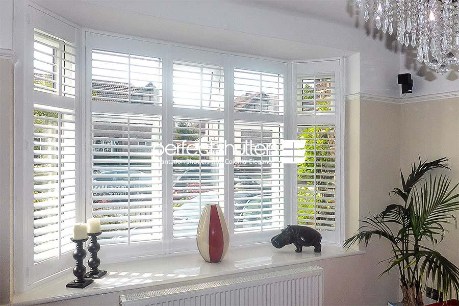 Beautiful bay window shutter design